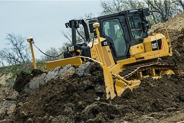 Bulldozer earth moving machinery