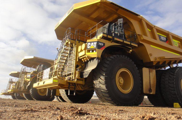 Inside Australia's Biggest Machines: Cat 797 Powertrain Haul