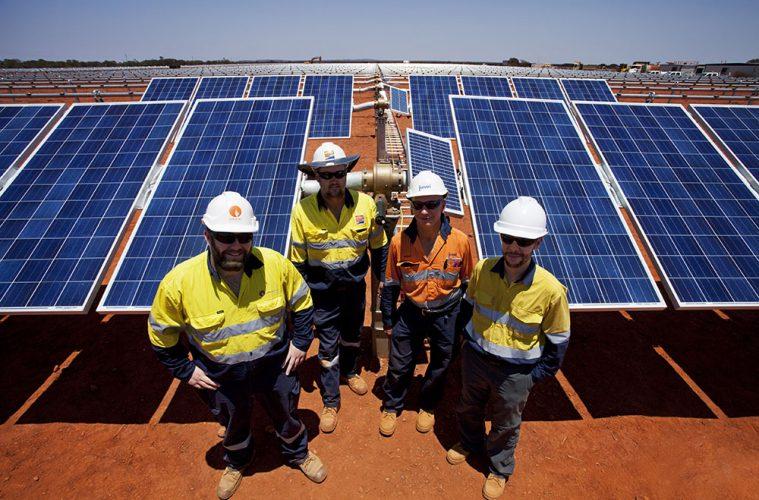 Solar power install crew