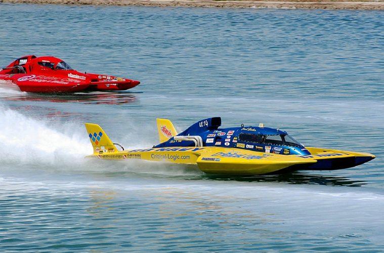 hydroplane boat