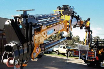Effer truck mounted crane