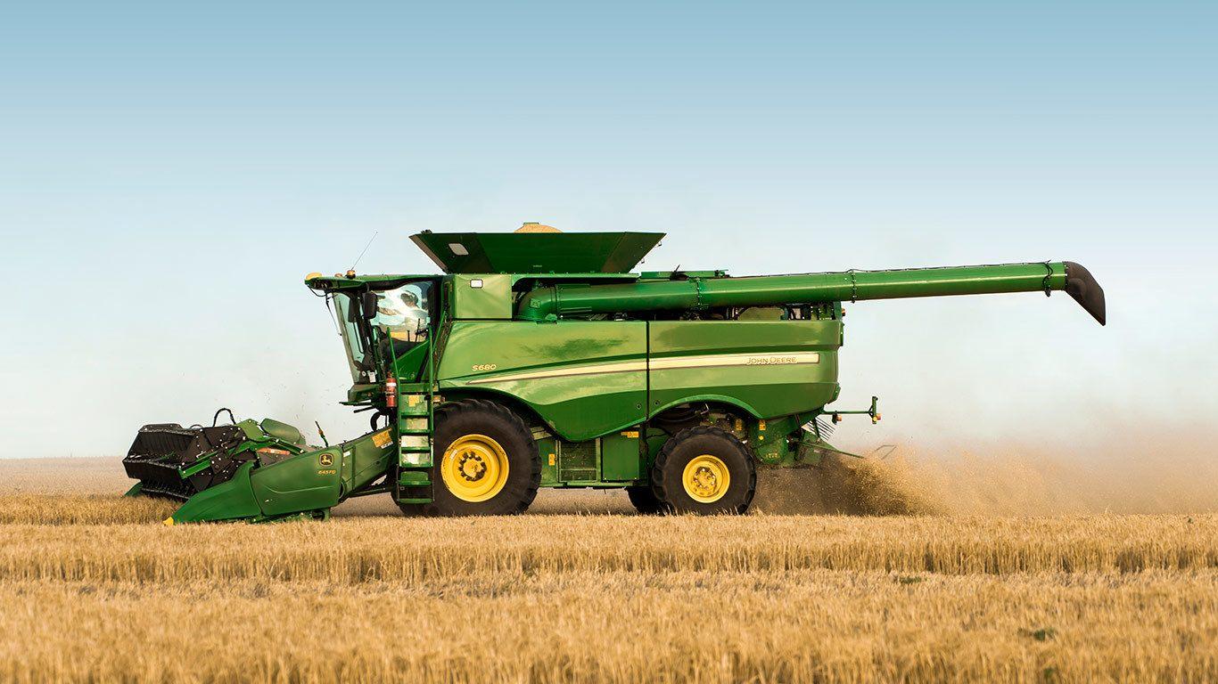 John Deere Combine >> Buyer S Guide To The John Deere S680 Combine Harvester