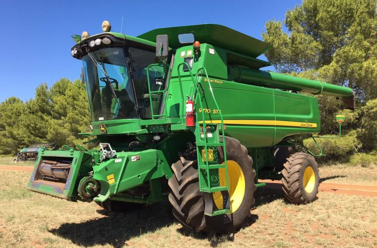 10 Tips For Buying A Used Combine Harvester