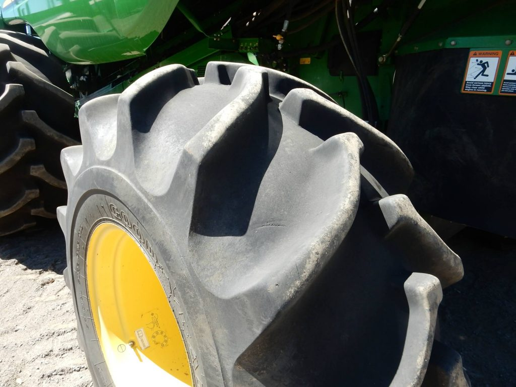 John Deere combine harvester tyre