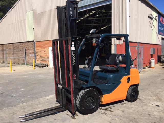 Toyota Forklift 8FG25