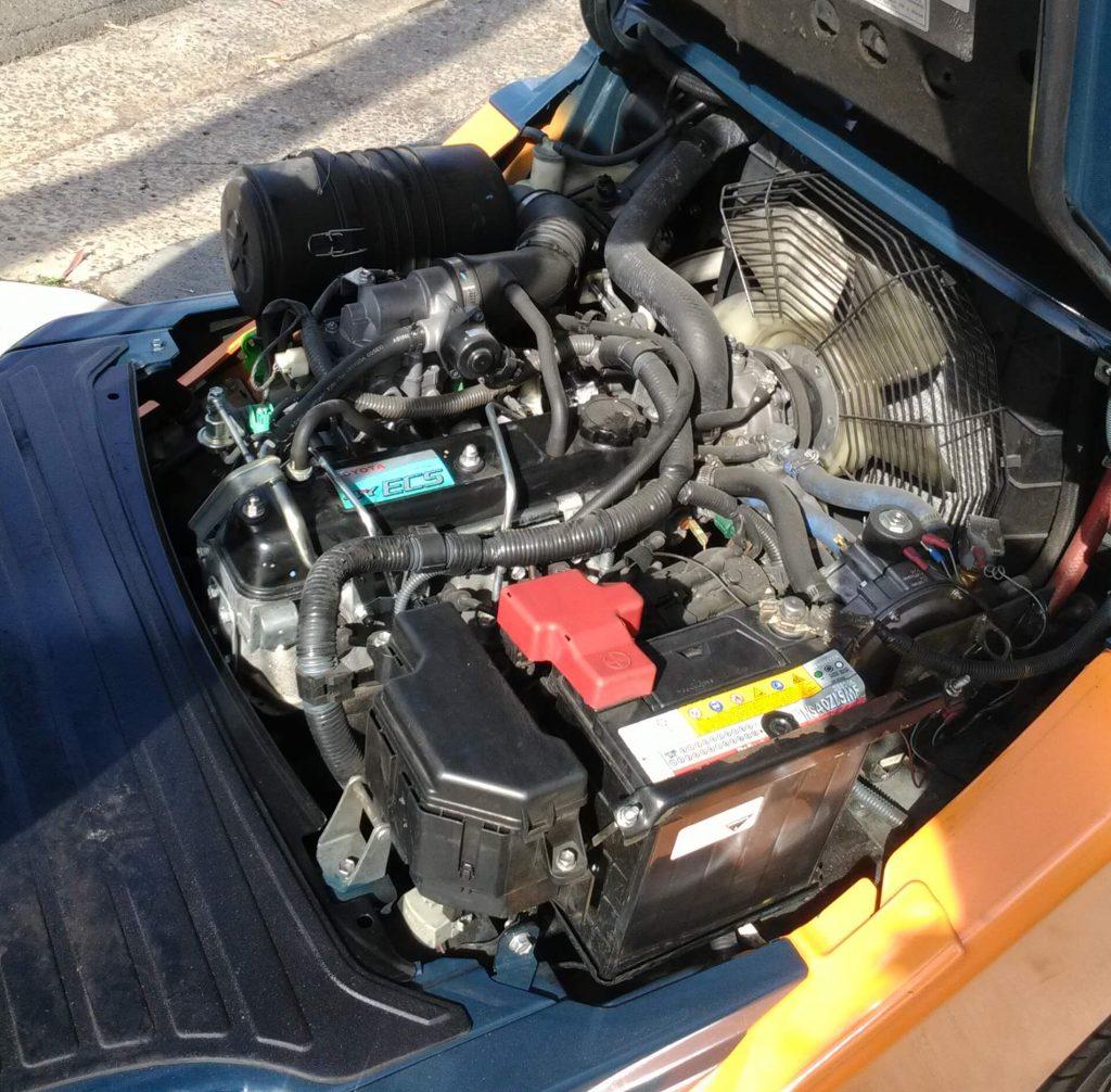 Toyota Forklift 8FG25 engine