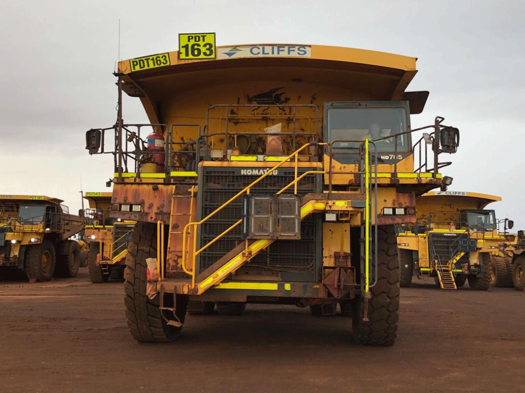 Komatsu mining dump truck HD785-7