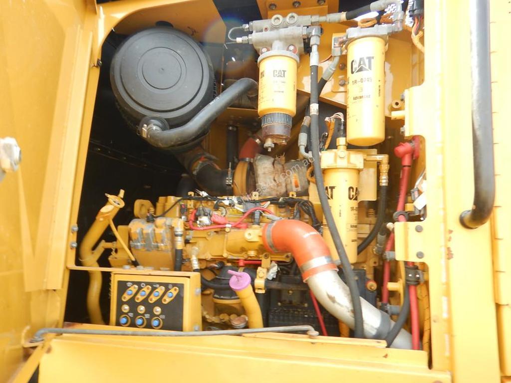 motor grader engine
