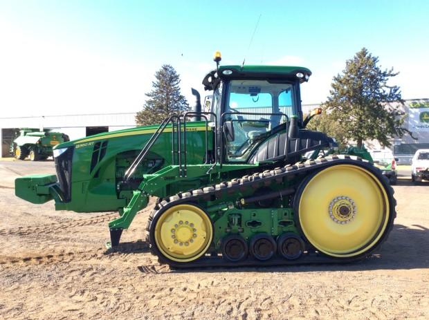 John Deere 8360RT tracked tractor