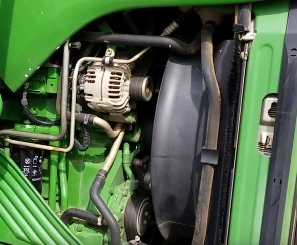 John Deere engine