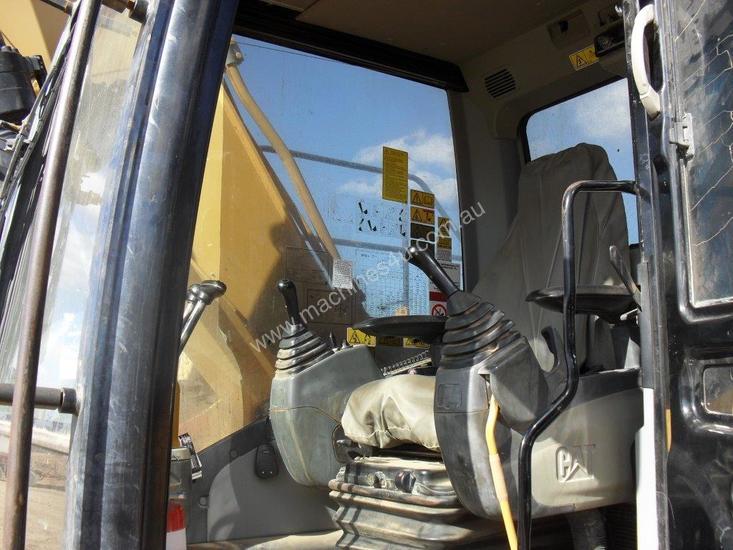 Cat 320 excavator - 320D L cab