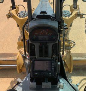 Cat 140M grader cab