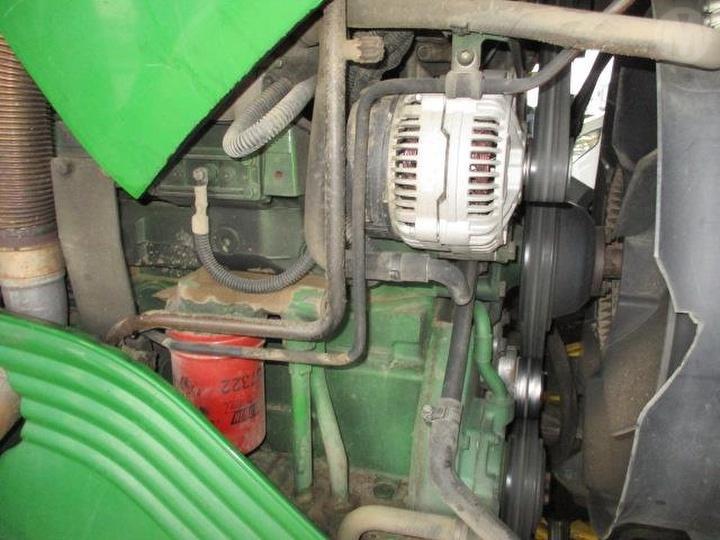 John Deere 6230 engine