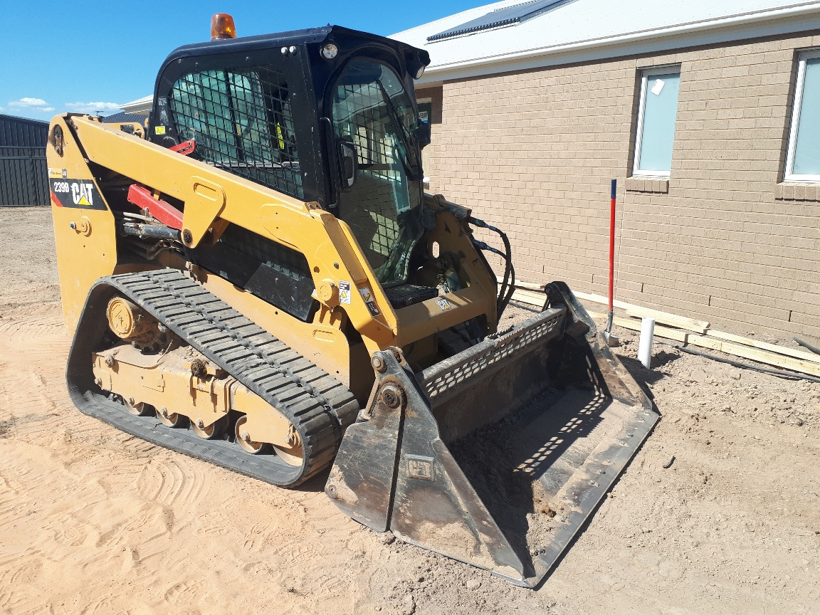 Cat 239D Skid Steer