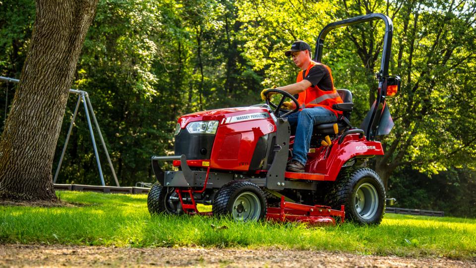 Massey Ferguson GC1700 tractor