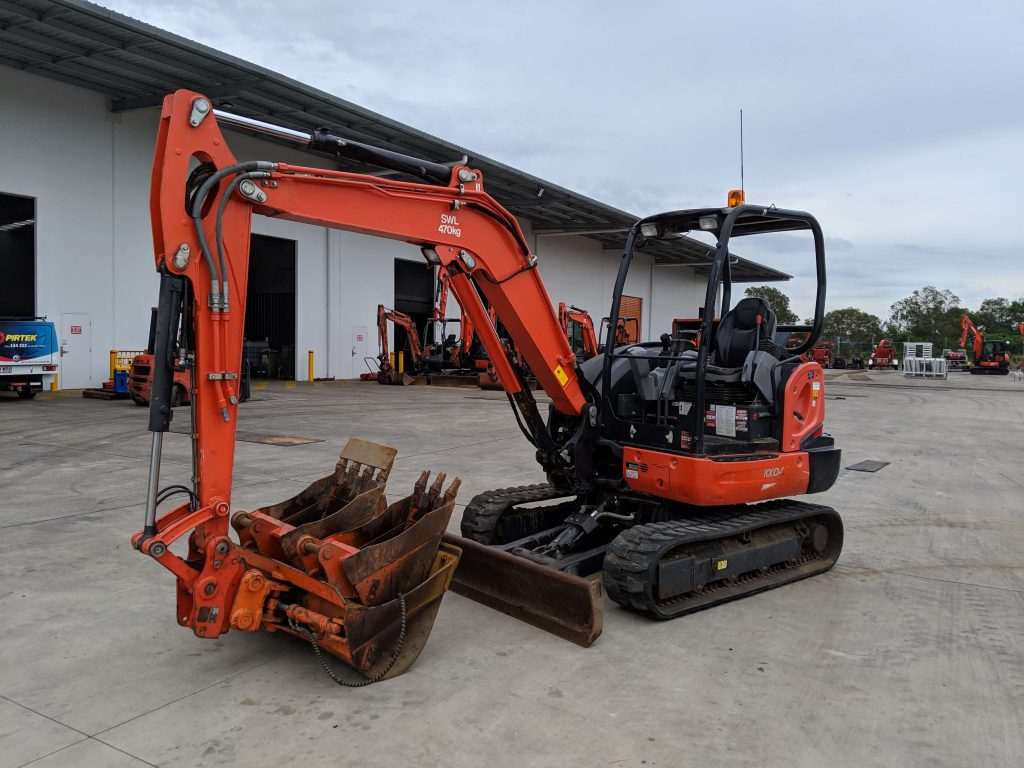 Excavator types—compact excavator