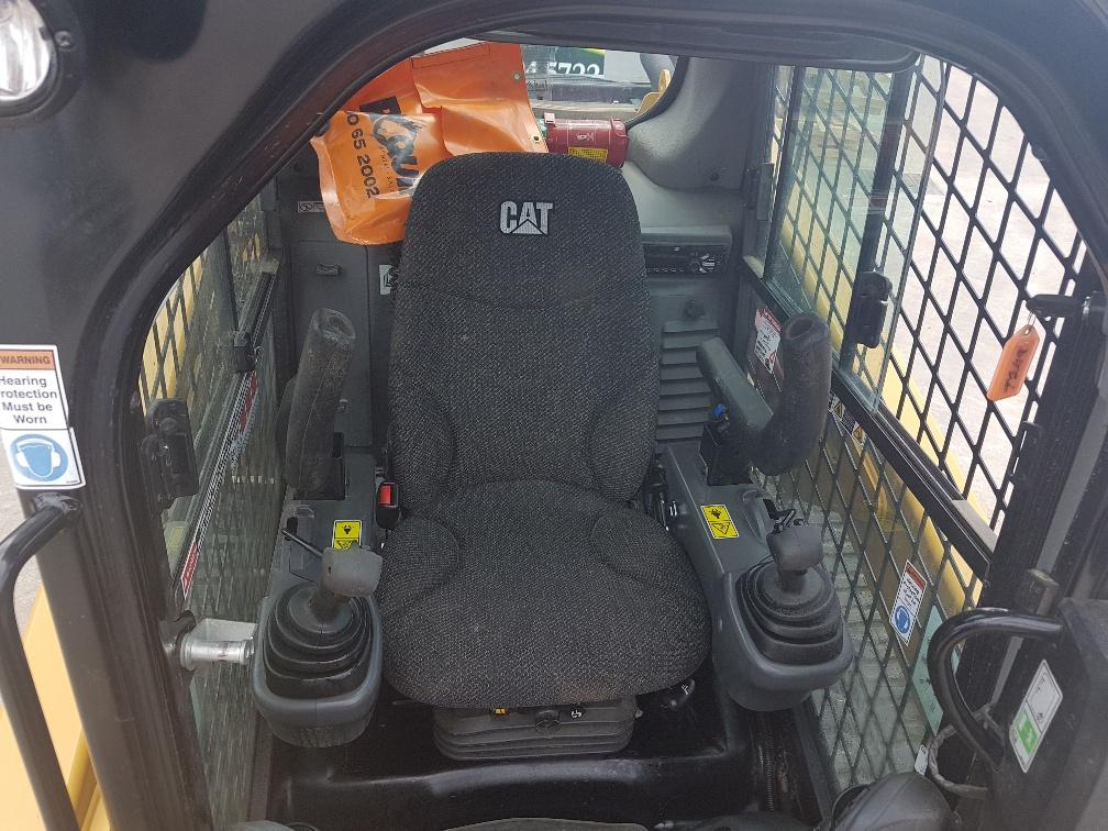 Cat 259D Cab