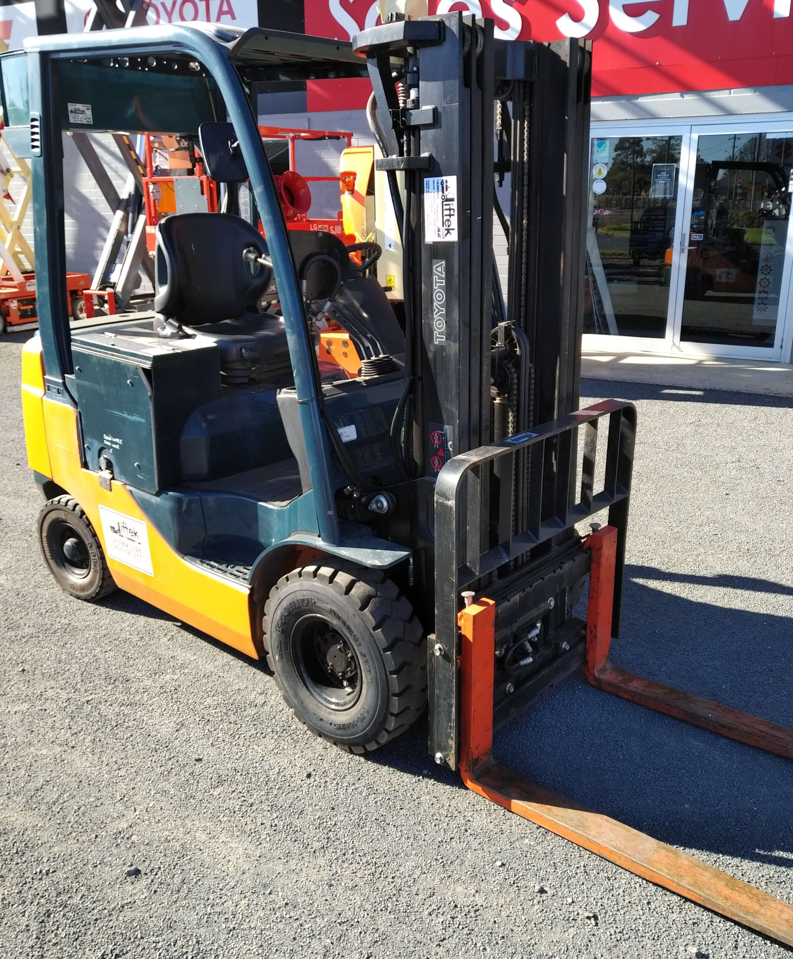Diesel vs LPG vs Electric Forklifts: Which is Better?