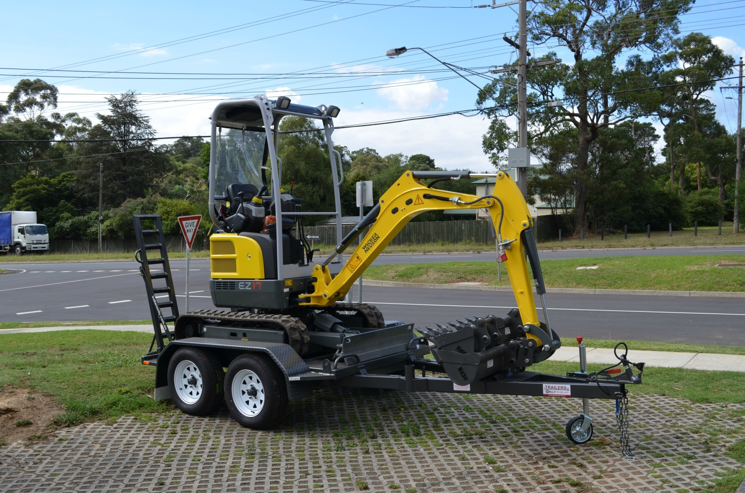 What Is A Zero Swing Excavator And Is It Right For You