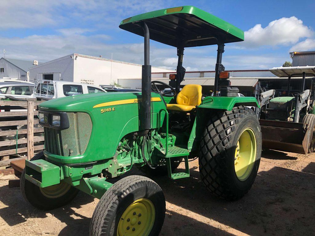 John Deere 5065E 2WD Tractor