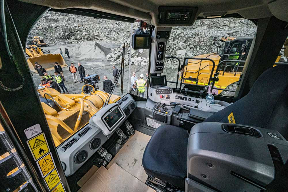 Interior of the 988K XE wheel loader