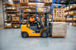 2.5T Vulcan Forklift Truck in Use